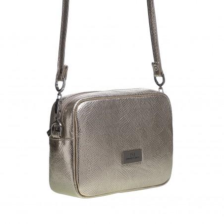 91ff70362 Tento typ kabelky spoľahlivo ukryje všetky vaše poklady a stane sa  nepostrádateľným kúskom vo vašom šatníku. Nastaviteľné ramienko cez plece a  veľkosť ...