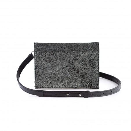 Dámska kožená kabelka na rameno, čierna