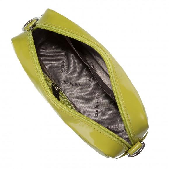 cdf7ae1becf Správne zvolená kabelka nie je len doplnkom outfitu