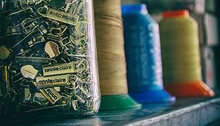 Kovové kovania a pracky na kabelky