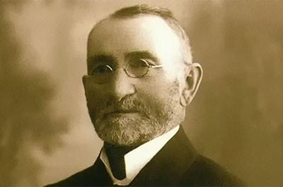 Peter Hubka - garbiar, továrnik